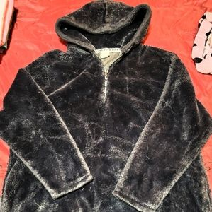 VS Sherpa pullover